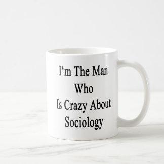 Je suis l'homme qui est fou au sujet de la sociolo mug à café