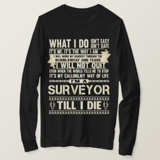 Je suis un ARPENTEUR. T-shirt de cadeau