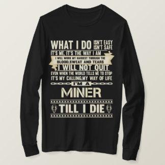 Je suis un MINEUR. T-shirt de cadeau