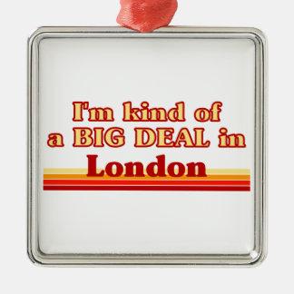 Je suis un peu une affaire à Londres Ornement Carré Argenté