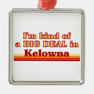 Je suis un peu une affaire dans Kelowna Ornement Carré Argenté
