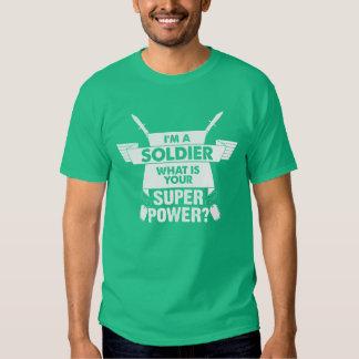 Je suis un soldat ce qui est la votre t-shirts
