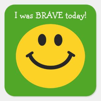 J'étais visage souriant de jaune courageux d'aujou autocollants