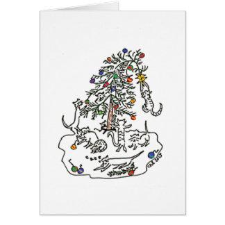 Jeu de chats dans la carte d'arbre de Noël