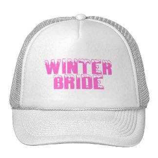 Jeune mariée d hiver casquettes