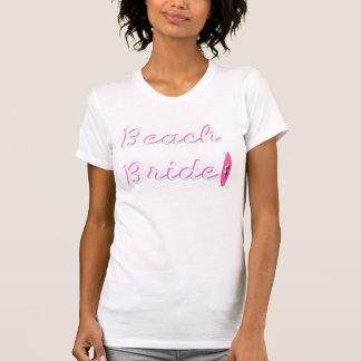 Jeune mariée de plage t-shirts