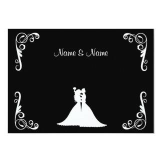 Jeune mariée et faire-part de mariage élégant