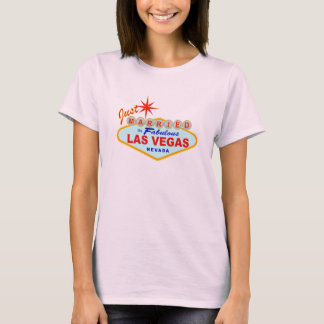 Jeune mariée mariée de T-shirt de Las Vegas juste