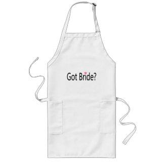 Jeune mariée obtenue tablier