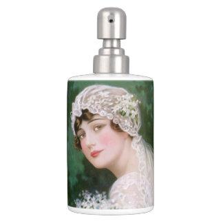 Jeune mariée vintage accessoire de salle de bains