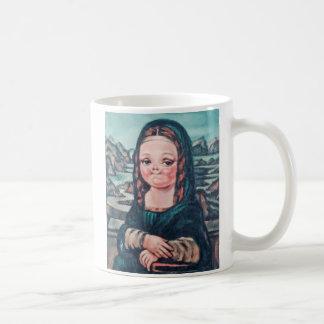 Jeune tasse de Mona par des contes des déchets