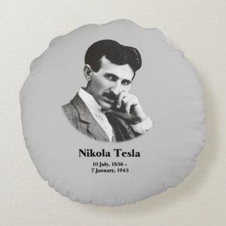 Jeune Tesla Coussins Ronds