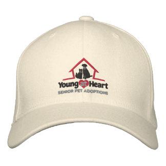 Jeunes au casquette brodé par coeur