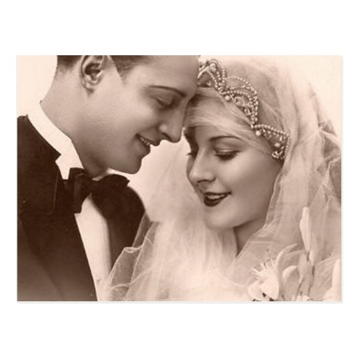 Jeunes mariés vintages de mariage cartes postales