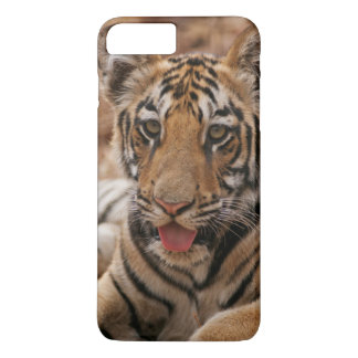 Jeunes un de tigre de Bengale royal Coque iPhone 7 Plus