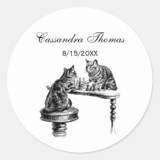 Jeux de société : Deux chats jouant une rencontre Sticker Rond
