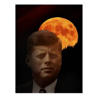 John F. Kennedy et la <b>lune rouge</b> Carte Postale - john_f_kennedy_et_la_lune_rouge_carte_postale-r9c17a19cc2954791908968f4769f688f_vgbaq_8byvr_324