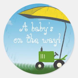 Joint d'enveloppe de baby shower de tracteur adhésifs ronds