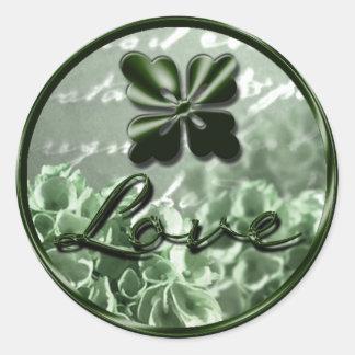 Joint irlandais d'enveloppe d'amour sticker rond