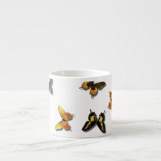 Joli motif de papillon tasse expresso