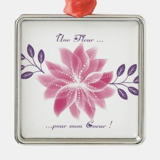 Jolie fleur avec déclaration ornement carré argenté