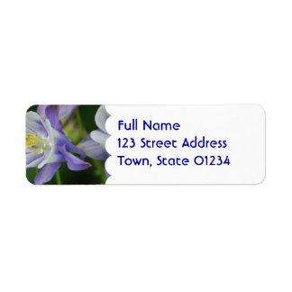 Jolie fleur de Columbine Étiquette D'adresse Retour