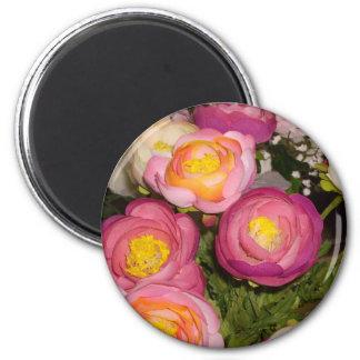 Jolies fleurs en plastique de type et de race inco aimant pour réfrigérateur
