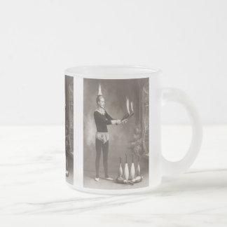 Jongleur vintage du feu mug en verre givré