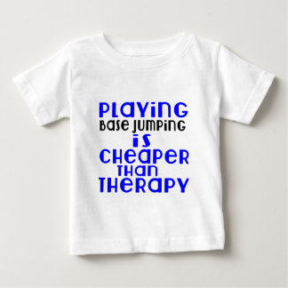 Jouant sauter de base meilleur marché que la t-shirt pour bébé
