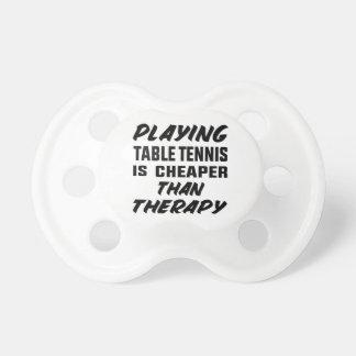 Jouer au ping-pong est meilleur marché que la tétine
