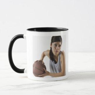 Joueur de basket féminin mug