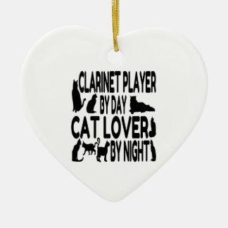 Joueur de clarinette d'amoureux des chats ornement cœur en céramique