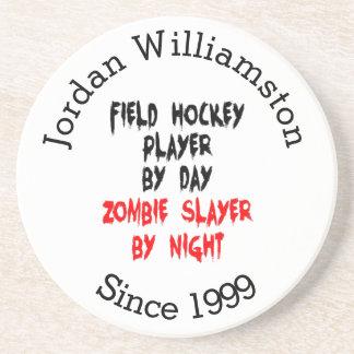 Joueur de hockey de champ de tueur de zombi dessous de verre en grès