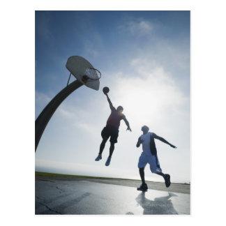 Joueurs de basket 5 carte postale