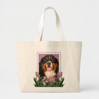 Jour de mères - tulipes roses - chien de montagne grand sac