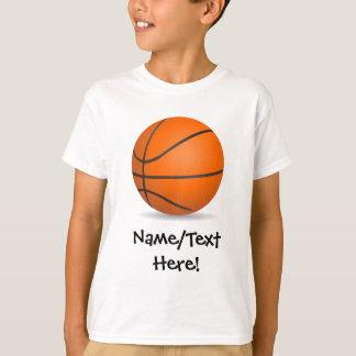 Jour ensoleillé de basket-ball des sports de t-shirt