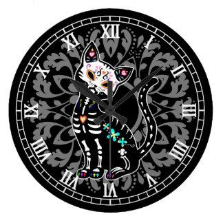 Jour Girly du chat mignon mort et de la damassé Grande Horloge Ronde
