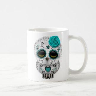 Jour turquoise mignon du hibou mort de crâne de tasses à café