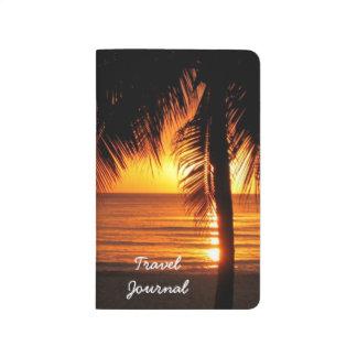 Journal tropical de voyage de coucher du soleil de