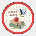 Jours d'école adhésifs ronds