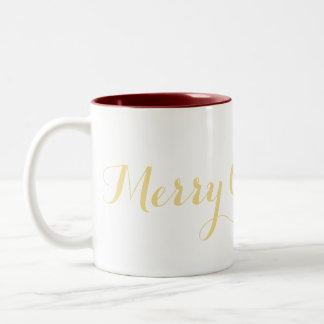 Joyeuse tasse de thé de lait de café d'or de Faux