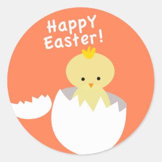 Joyeuses Pâques hachant le poussin Sticker Rond