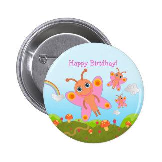 Joyeux anniversaire avec les papillons roses badge