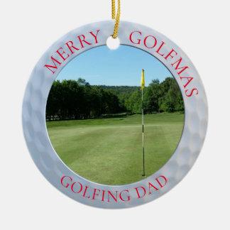 Joyeux ornement jouant au golf de photo de golf de