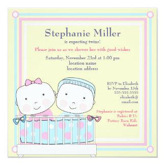 Jumeaux dans l'invitation de baby shower de huche, carton d'invitation  13,33 cm