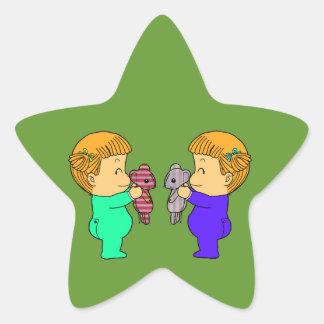 Jumeaux mignons de bébé autocollants en étoile