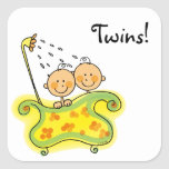 Jumeaux mignons de bébé et de garçon adhésifs