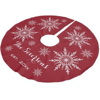 Jupon De Sapin En Polyester Brossé Flocons de neige blancs sur le rouge