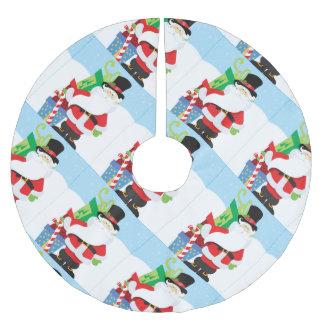 Jupon De Sapin En Polyester Brossé père Noël dans le tophat par la pile de presentts