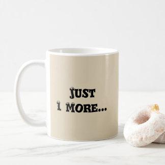Juste 1 plus de tasse de café de perroquet